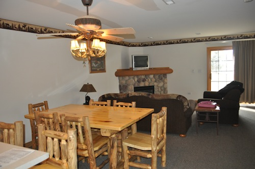 grizzly jacks family room