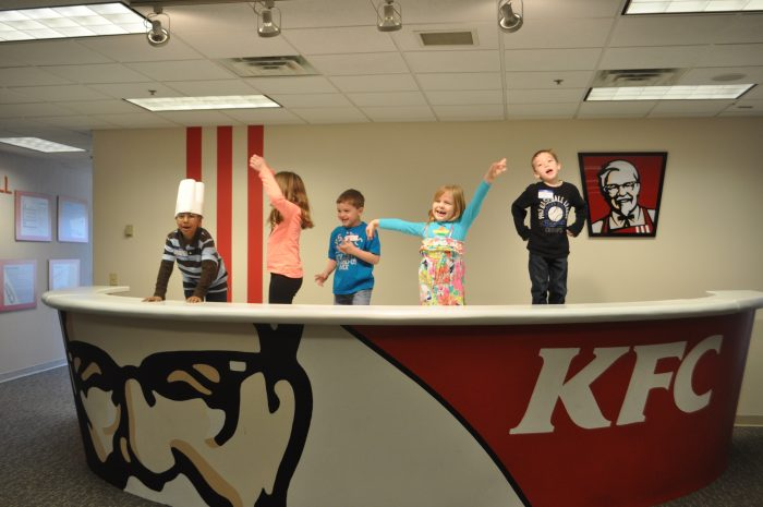 Comkfc Kitchen : My Trip to KFC HQ & Louisville, Kentucky! - Mom and More