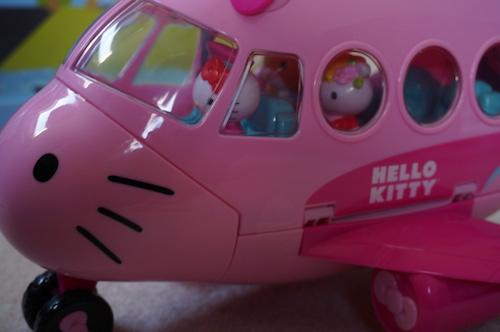 hello kitty airplane 2