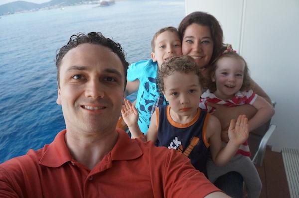 cruise selfie