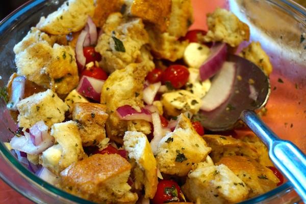 Recipe: Tomato, Basil, Mozzarella and Bread Salad