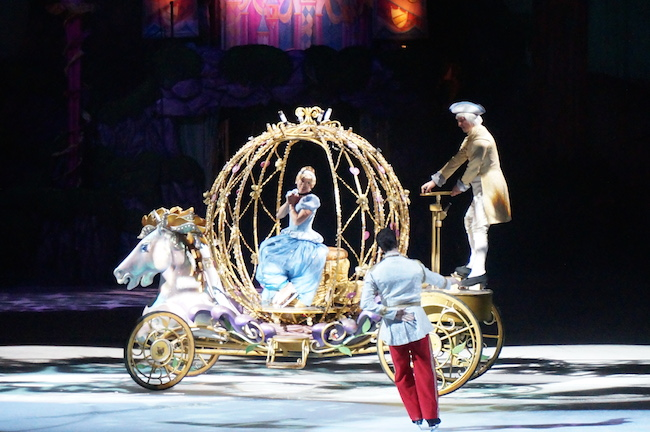 "Disney On Ice presents ""Princesses and Heroes"" in Chicago! #ChiDisneyOnIce #DisneyonIce @DisneyonIce"