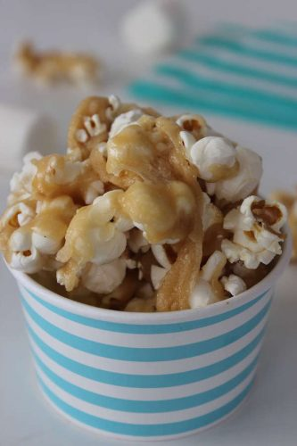 Recipe: Caramel Marshmallow Popcorn