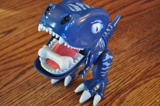 A Smaller Interactive Dinosaur – Zoomer Chomplingz #zoomer