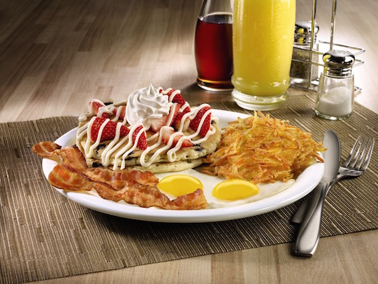 Celebrate With Red, White & Bacon #DennysDiners