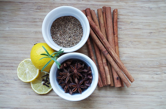 cinnamon anise-1061547_640