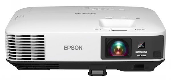 Bigger & Crisp Viewing With an Epson Projector #ad @BestBuy @EpsonAmerica