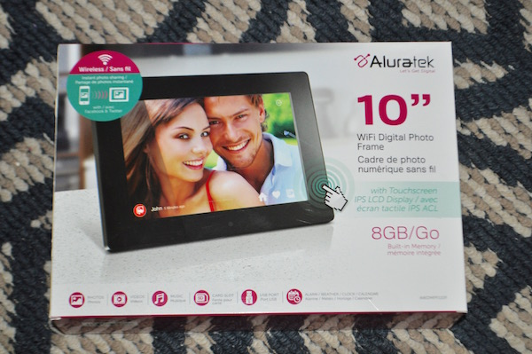 Aluratek WiFi Digital Photo Frame = Perfect Gift! - Mom and More