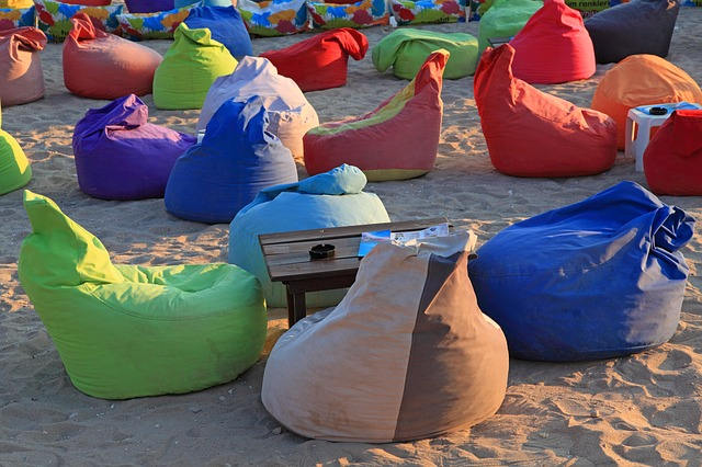 Fun, Flexible and Functional: Fitting Bean Bag Furniture With Your Existing Home Décor